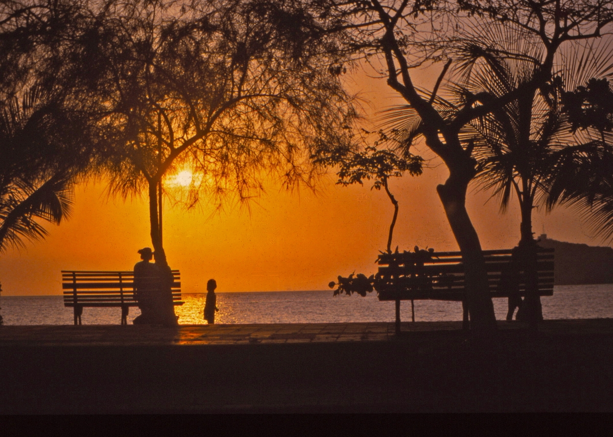 Sundown from El Camellón, Santa Marta, Colombia (1993)