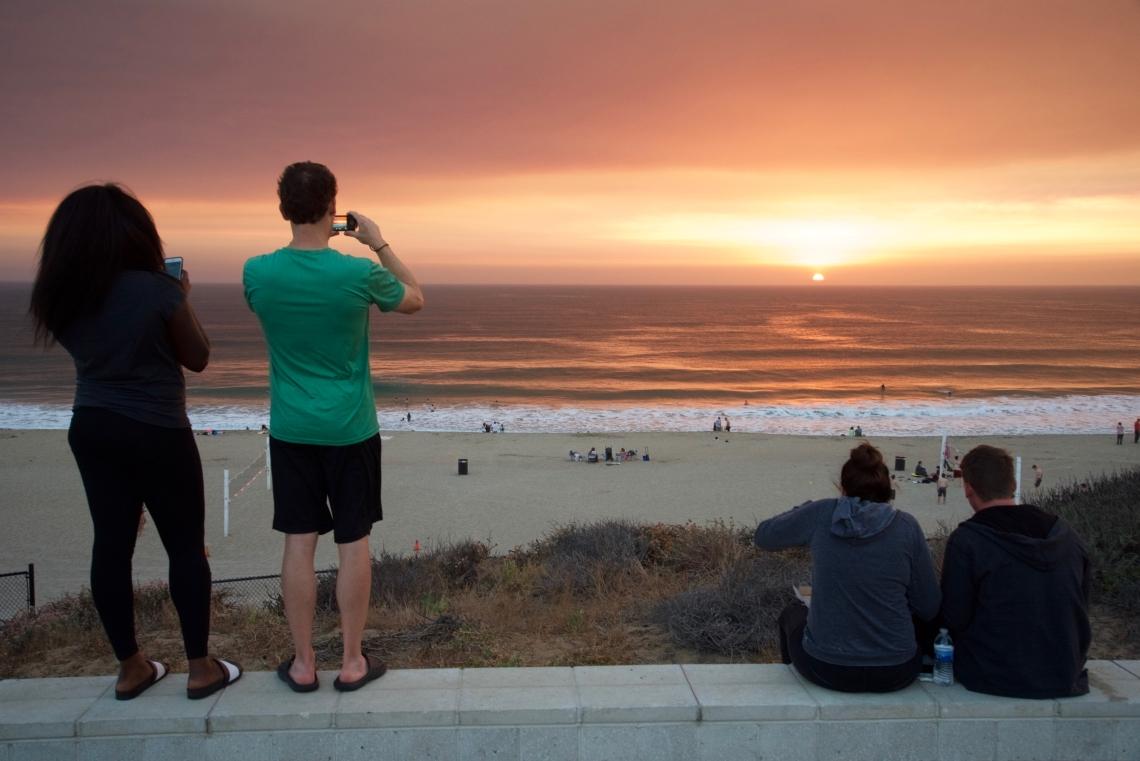 Sunset in Torrance Beach, Los Angeles, California (2016)