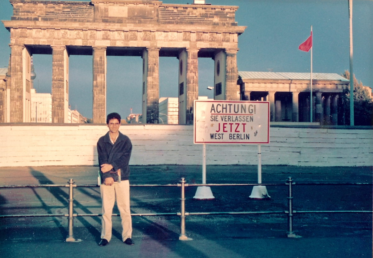 Brandenburg gate, West Germany (1987)